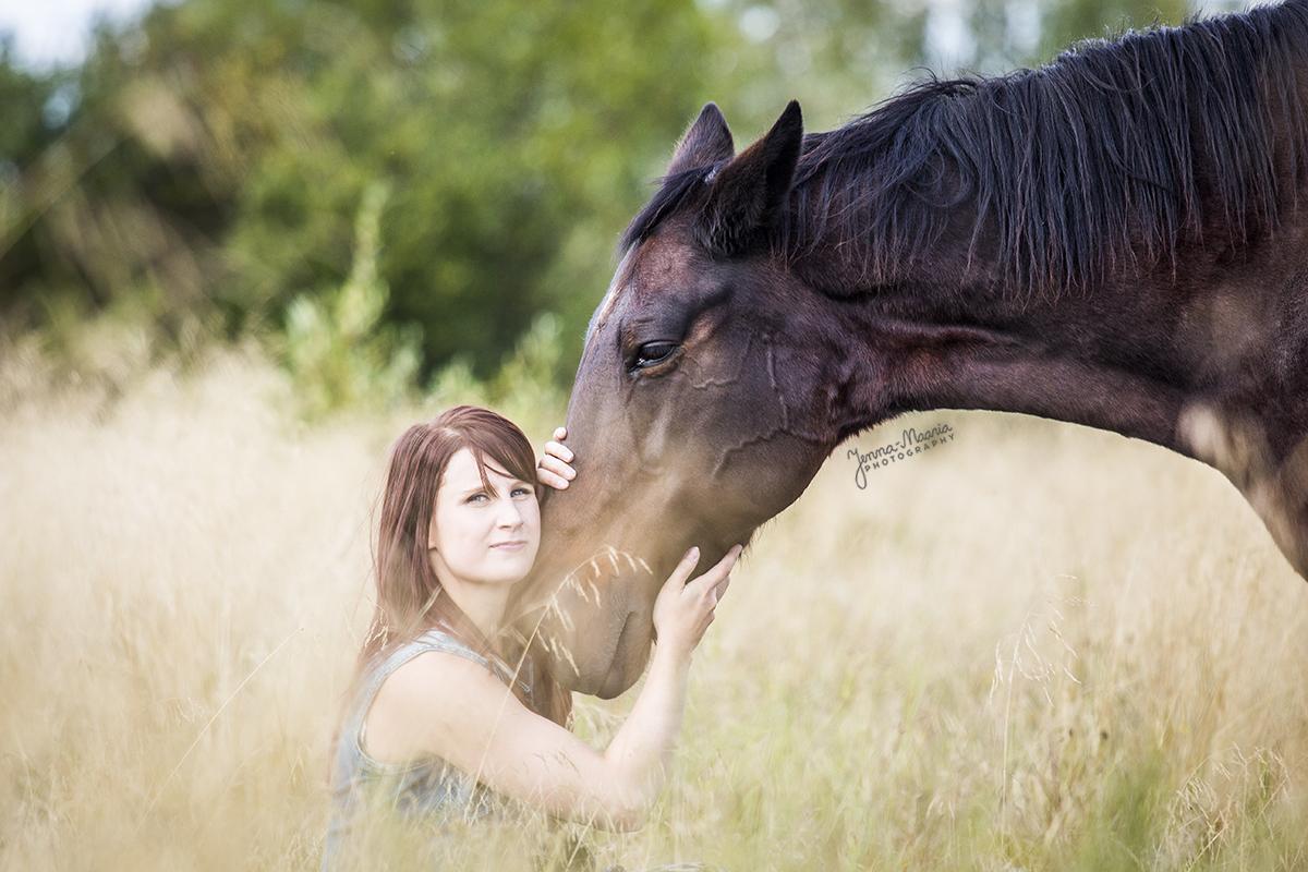 Jenna-Maaria Kuronen, +358 40741 2494, valokuvaaja@jenna-maaria.com