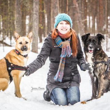 Jenna-Maaria Kuronen, +35840 741 2494, valokuvaaja@jenna-maaria.com